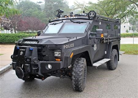 Metro SWAT Vehicle Front View